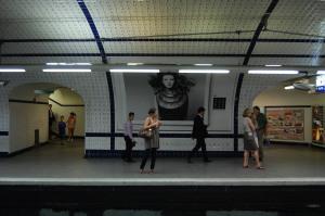Concorde métro stop